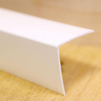 Välisnurgaliist 30x30mm 2,6m valge