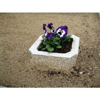 Betoonist lillevaas 25*25/H14cm 4744653010059